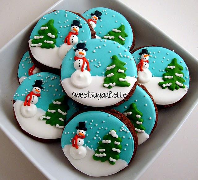 http://ediblecrafts.craftgossip.com/files/2010/12/semihomechristmas2.jpg